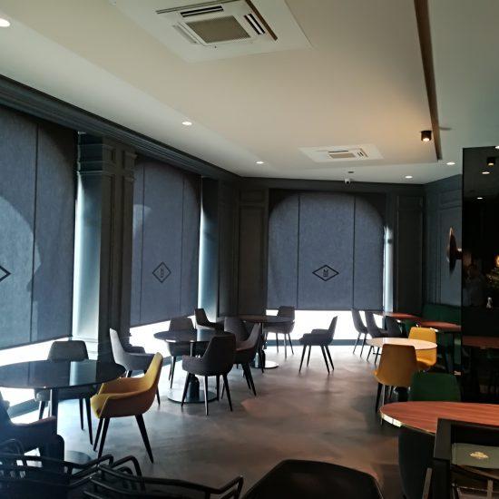 Installateur toile acoustique salle de restaurant Lyon